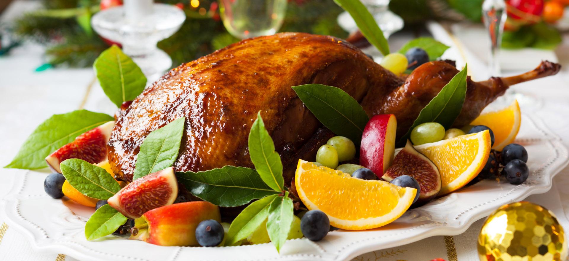 canard-roti-avec-fruits-noel-igadaigle